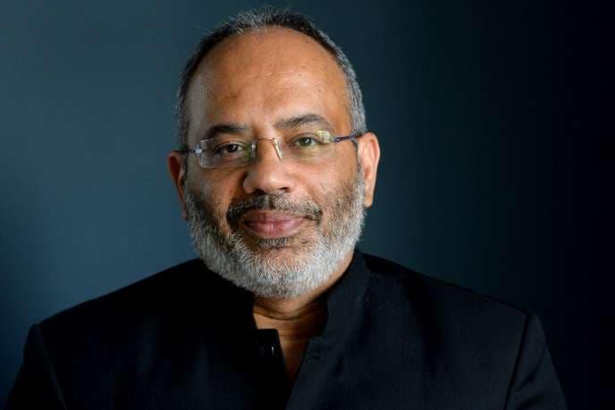 Carlos Lopes, Professor na Escola Nelson Mandela de Governação Pública da Universidade da Cidade do Cabo, Alto Representante da União Africana para as Parcerias com a Europa.